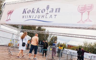 Ensimmäinen festivaalipäivä keräsi paikalle 4200 iloista juhlijaa – festivaali rikkomassa kävijätavoitteensa